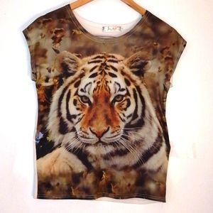 Animal t shirt size medium